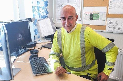 PERMITTERER: Fabrikksjef David Verdu ved Rec Solar på Herøya, Porsgrunn.