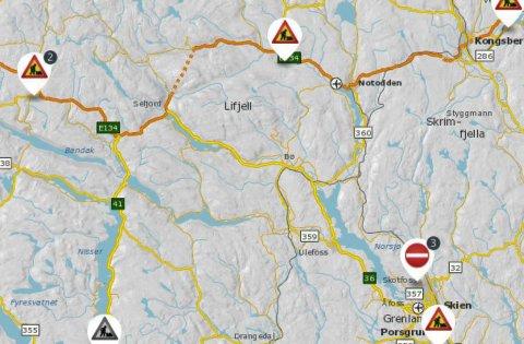 STENGT ELLER VENTETID: Flere veier i Telemark er enten stengt eller lysregulert.