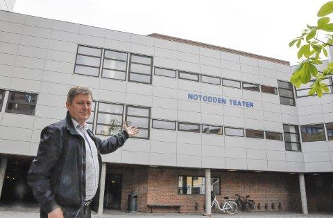 Topp moderne: Hvem skulle tro at dette var et bygg som ble bygget for 40 år siden. Teknisk sjef Ragnar Frøland er svært godt fornøyd med resultatet.