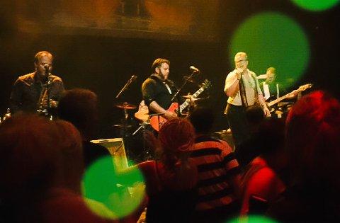 STREAMINGKONSERT: Kim Rune og The Norwegian Soulband gleder seg til å stå på scenen igjen, selv om publikum sitter langt unna hjemme i sine egne stuer.