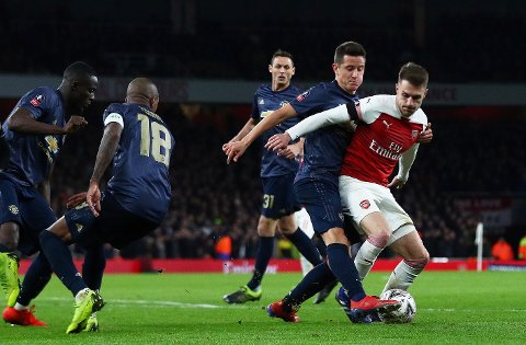 Ander Herrera roser Ole Gunnar Solskjærs forhold til Manchester Uniteds stjernegalleri. Her er spanjolen i aksjon mot Arsenals Aaron Ramsey 25. januar.