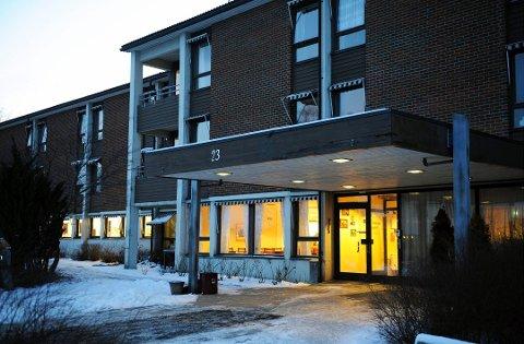 VIL HINDRE SMITTE: For å beskytte pasientene er det innført full besøksstans på alle sykehjemmene i Tønsberg.