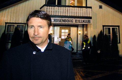 VEKK HAN: Trond Sollied utenfor Brakka i 2007.
