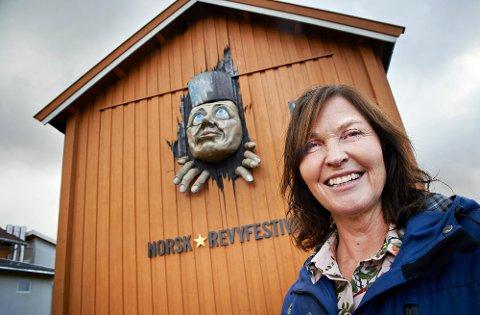 FORNØYD: Hanne Vilja Sagmo er kjempeglad for at Norsk Revyfaglig senter får 500.000 kroner ekstra til UngRevy og digital revysatsing i statsbudsjettet.