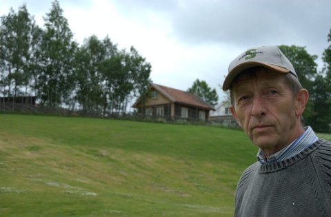 SER FREMOVER: Øystein Løvaas har fått en halv million fra kulturminnefondet til låven på Skyset gård. I søknaden skrev Løvaas at de ønsker å legge til rette for neste generasjon.