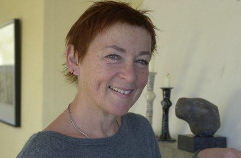 EN AV SEKS: Kjersti Wexelsen Goksøyr er en av seks kunstnere som skal lage et utkast til en skulptur av Anna Rogstad. Hvem som får oppdraget avgjøres i september.
