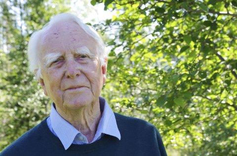 85 års dikt Arbeidets Rett   62 dikt fra en bekymret mann i Sivildalen 85 års dikt