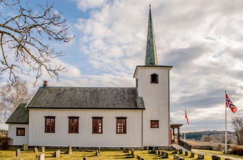 VALG: Samtidig med Kommune og fylkestingsvalget skal det velges nye menighetsråd i kirkesognet for Kroer, Nordby og Ås.  På bildet, Kroer kirke.