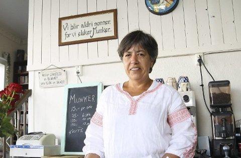 Bakeren Vanja Egeland på Kortreist Lykke deler sin vaffeloppskrift!