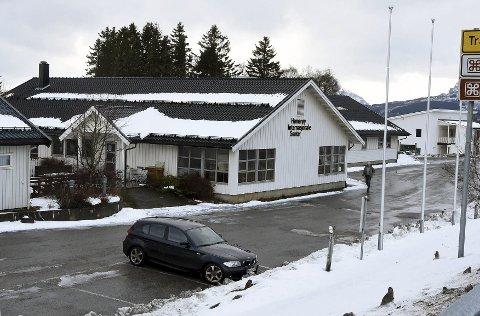 15.mars i år: Det kommer for få flyktninger til Hamarøy. Derfor må det foretas nedbemanning på Hamarøy Internasjonale Senter. Nå anmodes kommunen om å ta imot flere.