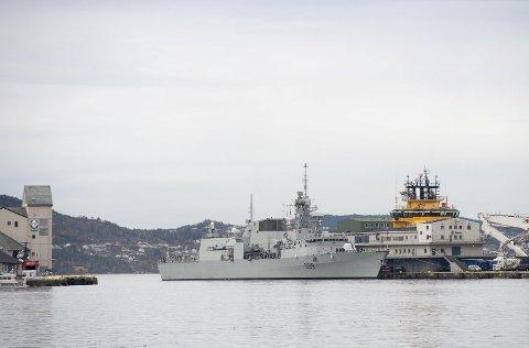 Hvis du liker militære farkoster til sjøs, så kan du få se flere syn langs Bergen.