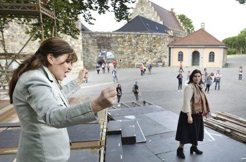 Det blir rivalisering, intriger og maktkamp på scenen ved Bergenhus festning fra neste onsdag når Opera Bergen setter opp Verdis «Nabucco». Hovedstjernene er sopranen Iano Tamar (til venstre) og mezzosopranen Juliette Galstian.