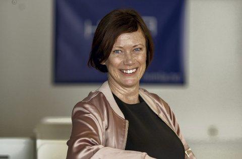 Advokat og daglig leder i Himla Tine Lekven Johansen forteller at Himla eiendomsmegling nå har åpnet kontor også i Oslo. FOTO: FANA SPAREBANK /HIMLA
