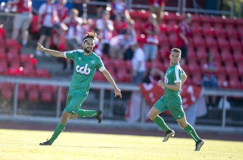 Johnny Furdal har scoret syv mål og levert seks målgivende til nå denne sesongen. – Han er en av de beste spillerne i ligaen, sier trener Steffen Landro.