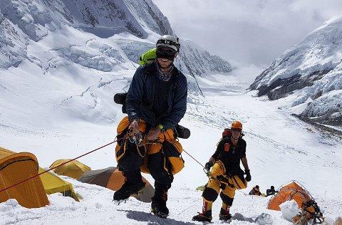 Andre Spica på vei opp den beryktede Lhotseveggen. Til sammen var han i Nepal i 55 dager i 2017, for å bestige verdens høyeste fjell. Toppen nådde han dagen før nasjonaldagen, 16. mai 2017.