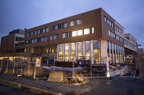 Biblioteket som strekker seg over to etasjer skal være hjørnesteinen i det nye kulturhuset og                                                         videregående skolen i Åsane. Foto: Emil Weatherhead Breistein