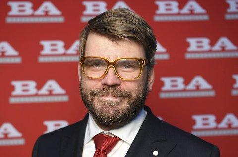 Sjefredaktør og direktør Sigvald Sveinbjørnsson i BA.