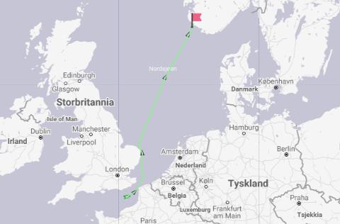 """Slik ser den planlagte ruta ut for """"Industrial Force"""" de neste døgnene, i følge Marine Traffic."""