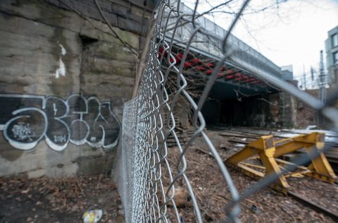 TRAGISK ULYKKE: De tre ungdommene tok seg inn i en togtunnel ved Filipstad i Oslo og kom i kontakt med en strømførende kilde.