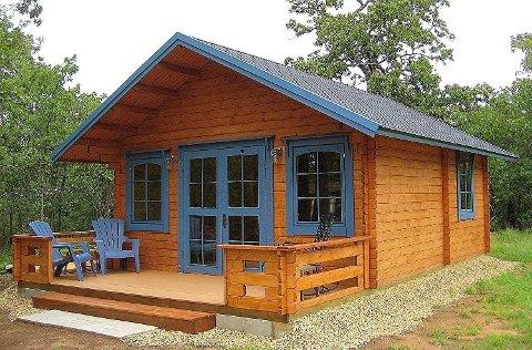 Ifølge Amazon skal to voksne personer kunne bygge denne sammen på to til tre dager. Lillevilla Allwood Cabin Getaway koster 164.500 norske kroner. Foto: Amazon
