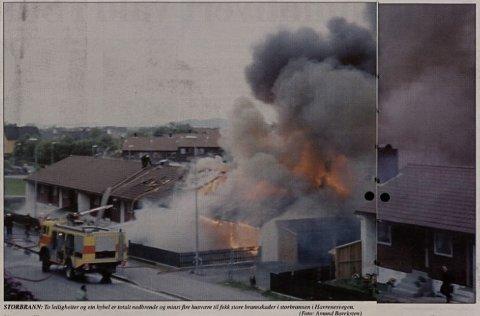 BRANN: Her brenn det i Havrenesvegen i 2001. Same bolig som tok fyr natt til fredag denne veka.