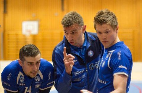 Førde-trenar Jan Egil Tvinde håpar laget skal slå tilbake mot Viking i cupen, etter Europa-exiten.