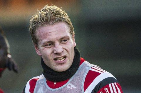 TILBAKE: Henrik Kjelsrud Johansen er tilbake på Fredrikstad Stadion onsdag - denne gangen i Vålerenga-drakt.