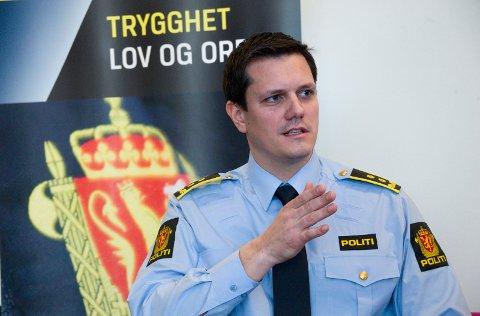 Politiadvokat,Knut-Aleksander Hymer, uttaler seg i forbindelse med underslagssaken, ved Sykehuset Kalnes