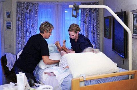 Mangelvare: Fredrikstad kommune sliter med å rekruttere sykepleiere og må betale mange millioner til vikarbyråer.