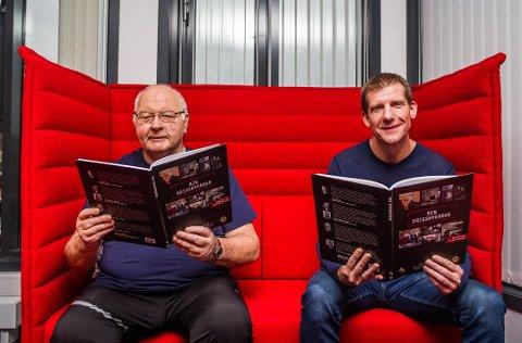 Sosialt prosjekt. Teddy Madsen (til venstre) og Jon Jacobsen, henholdsvis sekretær i Lions Club Fredrikstad og innholdsredaktør i Fredriksstad Blad, har samarbeidet om utgivelsen av den lokale boken «Min krigshverdag». Alle inntekter fra boken går til sosiale tiltak i Fredrikstad.