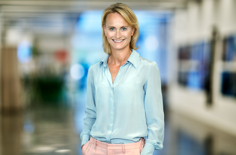 SØKER ANSATTE: Pernilla Oldmark er daglig leder i Transcom Fredrikstad. I dag er det i overkant av 200 som jobber ved kontoret i Dikeveien. Etter å ha landet en stor avtale med en av deres kunder, trenger bedrifter flere ansatte.