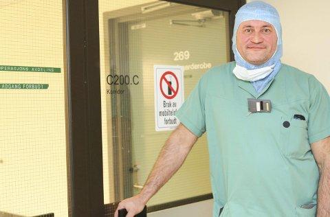 HÅPER: Seksjonsloverlege Peter Aspemo håper UNN-ledelsen skal snu om ortopedi-beredskap i Narvik.