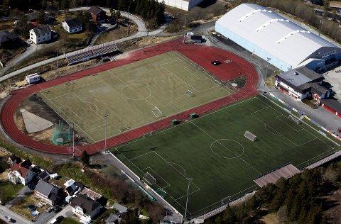 FÅR SPILLEMIDLER: Narvik kommune har fått støtte til blant annet kunstgressbane på Narvik stadion.