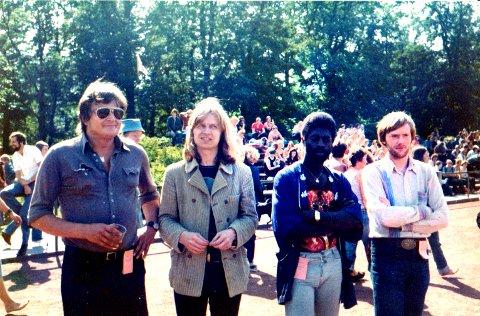 """I HORTEN: Dette bildet er fra Hortensfestivalen i 1977. Bandet het da """"Action Re-Action"""" og viser (f.v.) Kjell Øhmann, Janne Schaffer, Malando Gassama og Mats Vinding."""