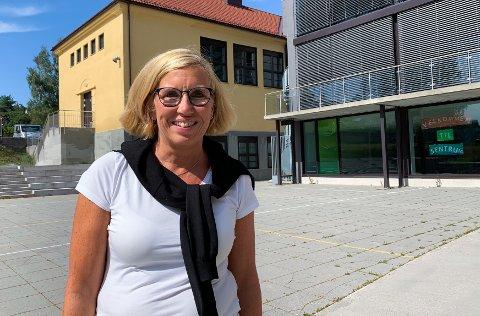 NY SKOLESJEF: Nina Henriksen begynte i jobben som kommunens skolesjef 1. august.
