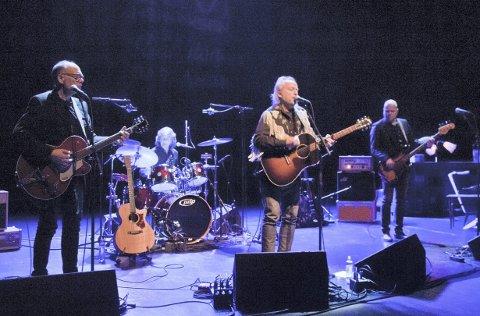 STIPEND: Levi Henriksen har fått stipend, og skal sammen med bandet Babylon Badlands gi ut ny plate og Sandbeck-låt.