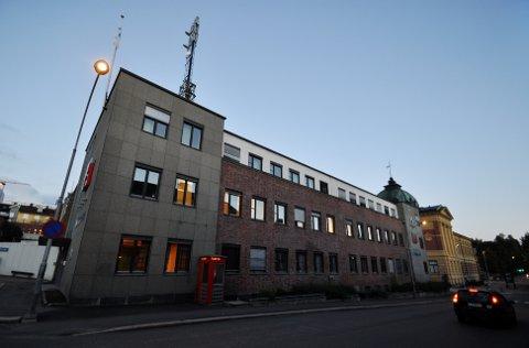 PÅ FLYTTEFOT: Telenor Norge legger ned kontoret i Kirkegata på Lillehammer, og flytter alle de 46 ansatte til Fåberg fra 1. desember.