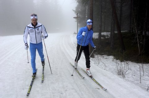TRIVES I SPORET: Brødrene Morten Eide Pedersen (28) og Bjørn Eide Pedersen (32) har gått mange treningsturer i løypene ved skistadion på Lillehammer, men vanligvis går de hver for seg.