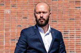 Arve Sigmundstad, gruppeleder Arbeiderpartie, mener at sentrumsplanen bør sendes på rullering snarest.