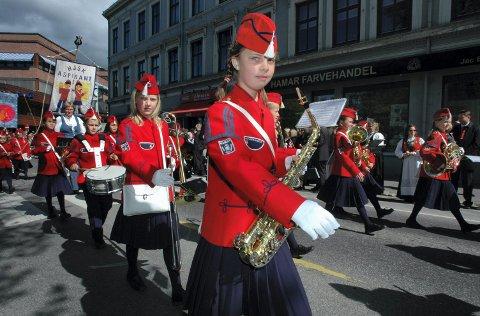 KAN ØVE: Medlemmene i Hamar janitsjarskole, andre korps og i musikken generelt kan øve sammen igjen..