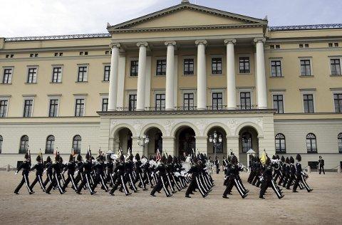 Til Odda: H.M. Kongens Gardes Musikkorps.Foto: Heiko Junge/SCANPIX