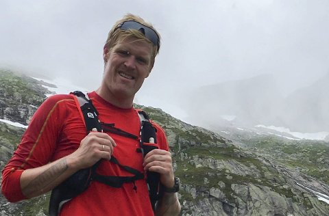 Klar for tunge tak: 64 berarar med AK Glück Teigland i spissen skal bera 350 kilo med utstyr. Foto: Privat