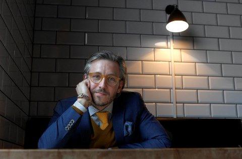 VELKLEDD: André Ernst Grønås har forandret klesstil siden han gikk på videregående, for å si det forsiktig. FOTO: HARALD NORDBAKKEN