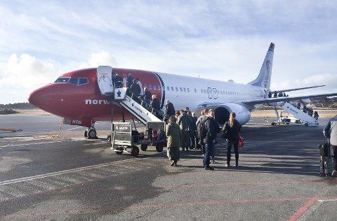 FORSINKELSER: Norwegians flygning fra Haugesund til Las Palmas i slutten av november ble kraftig forsinket på grunn av hviletid og teknisk svikt. Flere passasjerer sendte krav om refusjon til flyselskapet, som legger værforhold til grunn for forsinkelsen og avslår kravene.