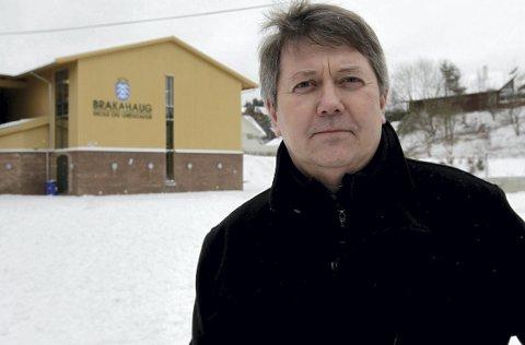 Terje Osmundsen var i en årrekke rektor ved Brakahaug skole. Nå er han pensjonist og mentor for Brann-trener Eirik Horneland. – Vi diskuterer spillet, trening og ledelse. Slike ting, forteller Eirik Horneland til BA.