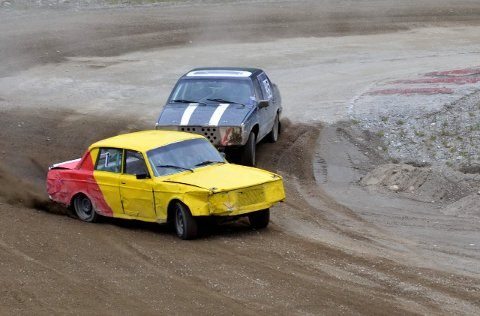 Dueller: I fjor var det mange tette dueller som her med Hege Moheim i den gule Grane-Volvoen.foto: susann tangen