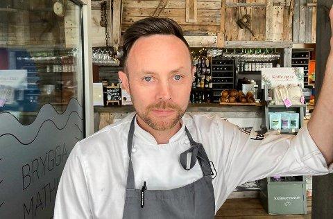 RISIKO: - Det er mindre risiko for oss å ha stengt enn å holde restauranten åpen, sier Eirik Bæivi.