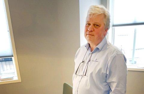 BANKSJEF: Jon Guste-Pedersen var i mange år banksjef i Kragerø Sparebank og er nå blitt leder av Skagerrak Sparebank.