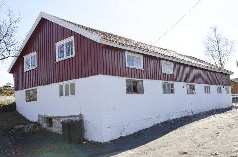 Leiligheter: Det tidligere grisefjøset på Hestøya skal nå bygges om med småleiligheter i første etasje.