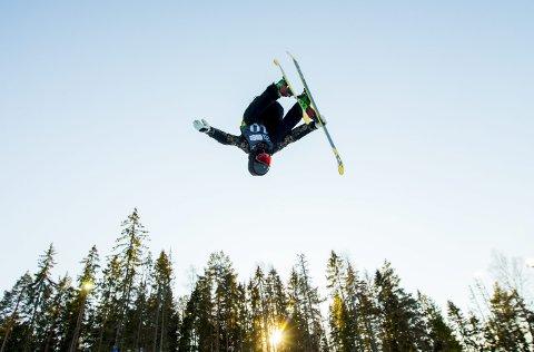 IMPONERTE: Trym Sunde Andreassen kom rett fra junior-VM til Nm i halfpipe og tok gull. Dette bildet er fra ungdoms-OL i fjor, Foto: Vegard Wivestad Grøtt / NTB scanpix